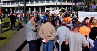 Με το «όπλο παρά πόδα» οι εργαζόμενοι στην Τοπική Αυτοδιοίκηση