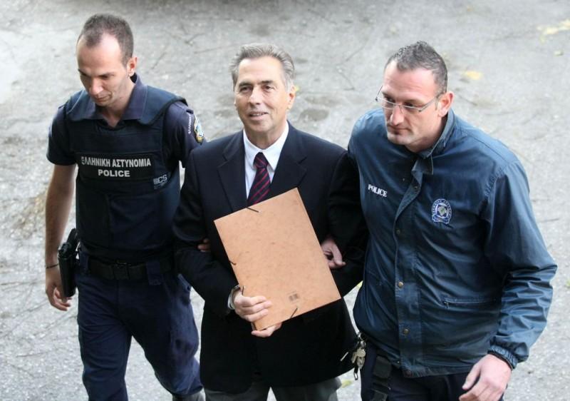 νέα δίκη για τον Βασίλη Παπαγεωργόπουλο