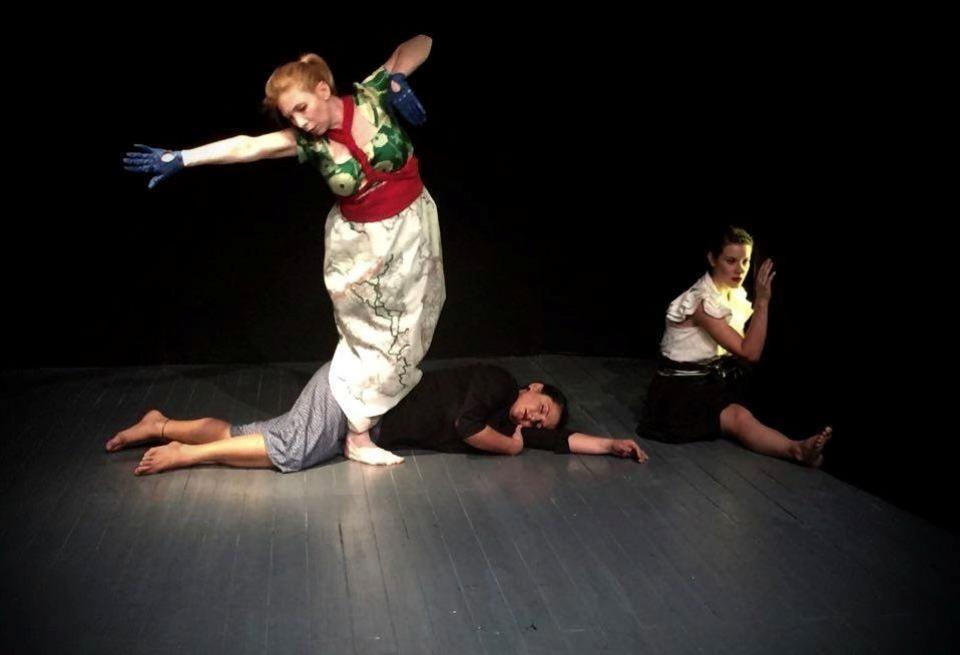 Χορογραφίες στους δρόμους της Αθήνας