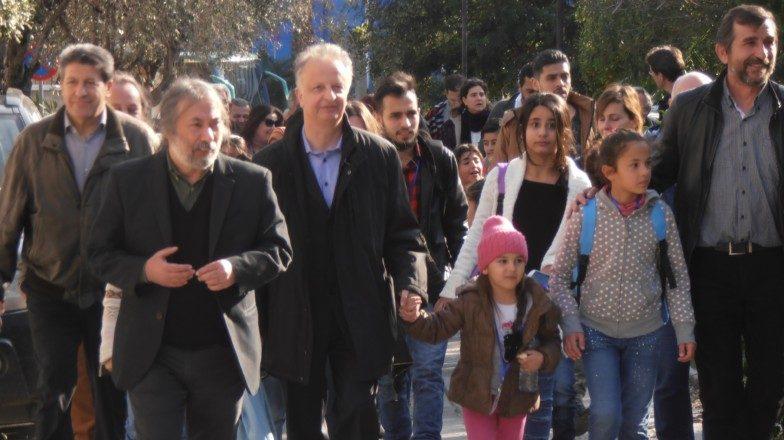 προσφυγόπουλα στα σχολεία του Χαϊδαρίου